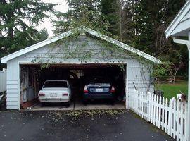 270px-Two-Car_Garage