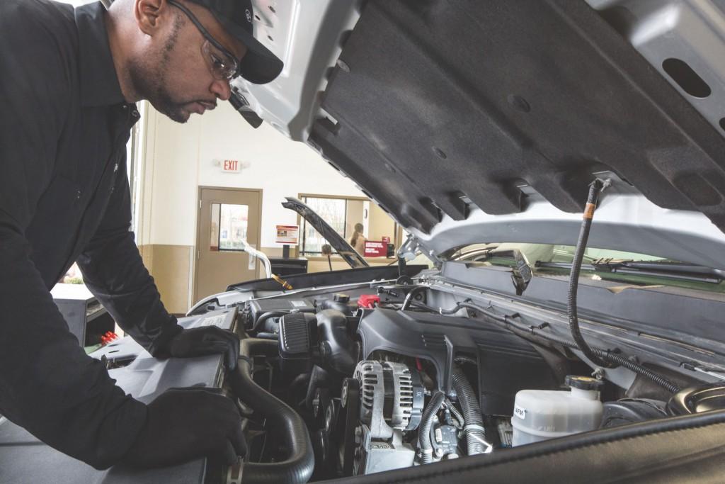 Technician_Car_22
